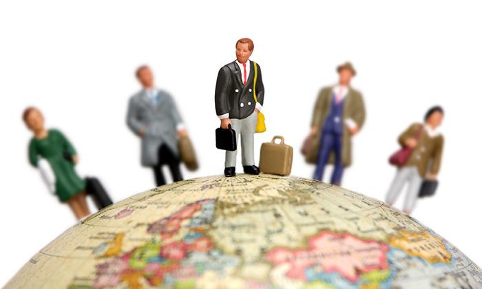 aditi-sharma-oct-2014-feature-expat-management-shutterstock