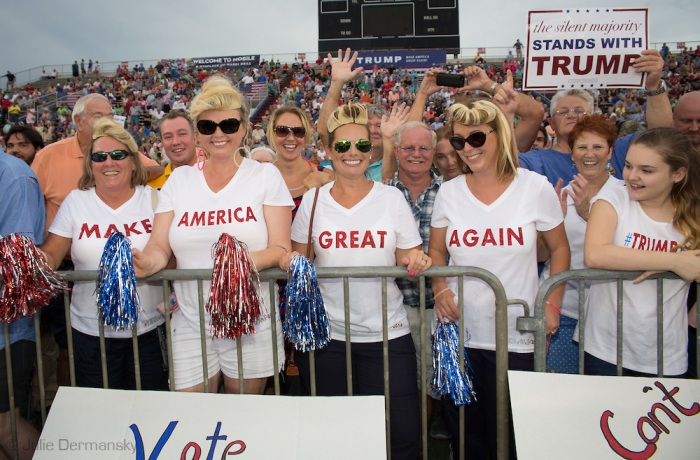 Donald-Trump-Rally-in-Alabama02.jpg