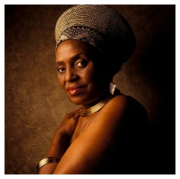 miriam-makeba-photo-william-coupon